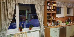 klasiski virtuves aizkari