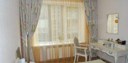 aizkaru dizains guļamistabā