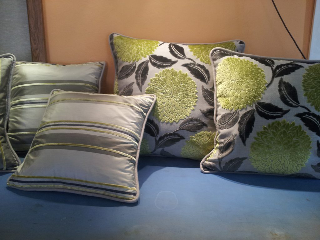 Match the colour of the cushions, but not the patterns