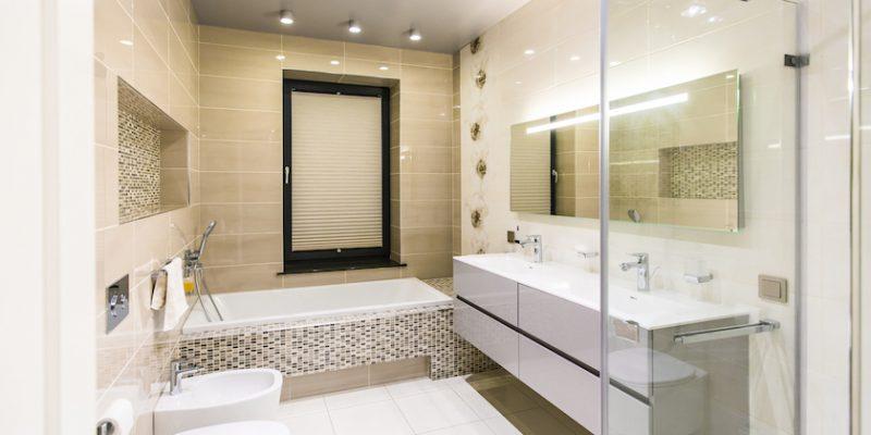 Plisē žalūzijas vannas istabā